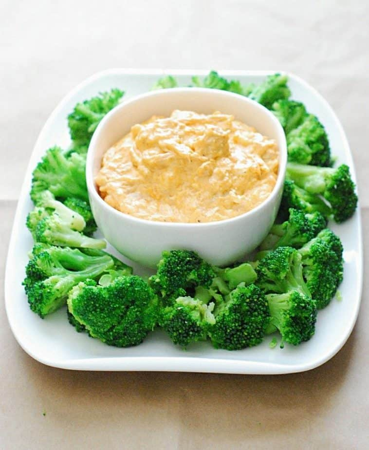 Low Carb Buffalo Chicken Dip - Delicious and super simple party dip for any occasion.